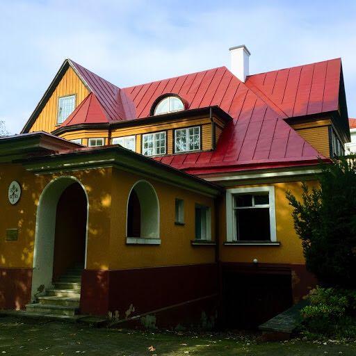 Seminario Redemptoris Matter Tallinn - L'antica Nunziatura a Kadriorg, nel cuore di Tallinn